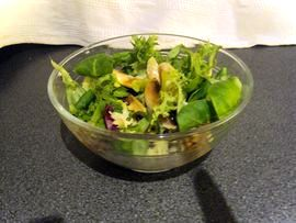Crispy salad with fresh mushrooms