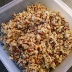 Quinoa bulgur salad with grapes and avocado 12