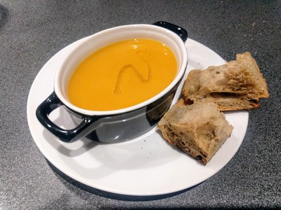 Soup with sweet potatoes, parsnip and truffle oil2