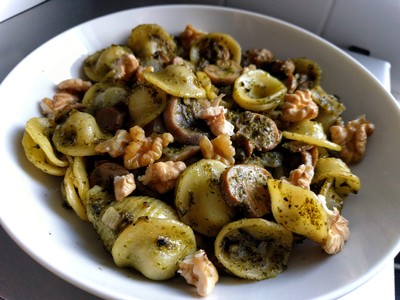 pasta pesto and mushrooms 42